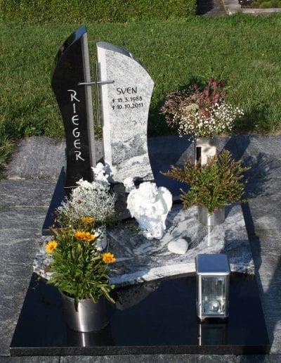 Grabstein Urnengrab