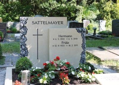 Grabsteine für Doppelgräber von MAURER